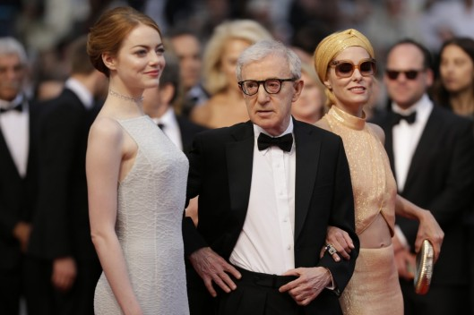 ct-video-woody-allen-emma-stone-walk-cannes-red-carpet-for-irrational-man-premiere.jpg