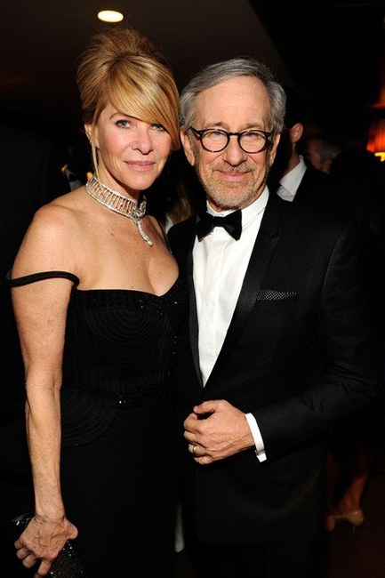 steven-spielberg-and-vanity-fair-oscar-after-party-gallery.jpg