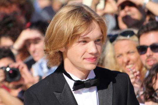 charlie-plummer-e-il-giovane-favorito-per-la-coppa-volpi-per-lean-on-pete-maxw-1280.jpg